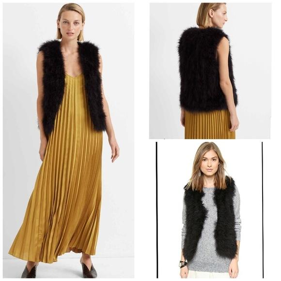 Club Monaco Jackets & Blazers - Club monaco size XS real Turkey feather vest